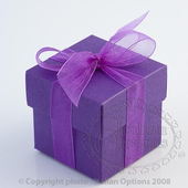purple wedding favour box with lid