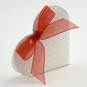Off White Quilted Heart Favour Box