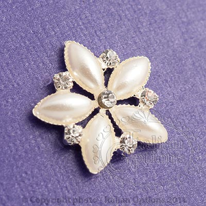 10 pearl flower with diamantes favour decoration